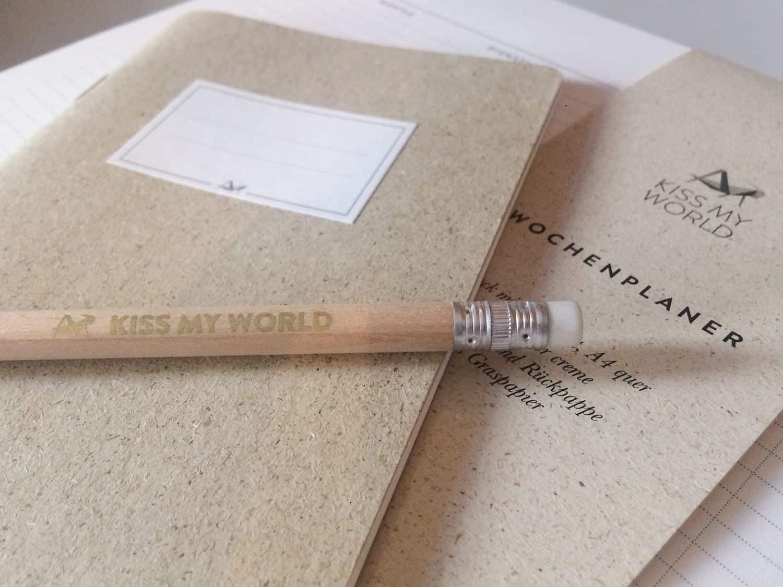 Bleistift natur mit Goldschriftzug
